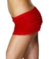 Rood broekje voor onder een kostuum